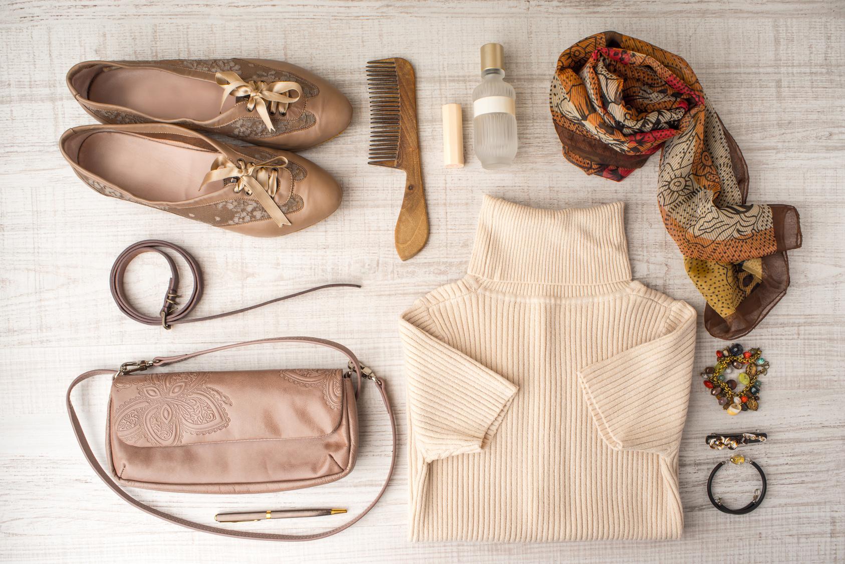 Günstiger aber hochwertige Schuhe, Taschen und Accessoires kaufen bei ImWalking