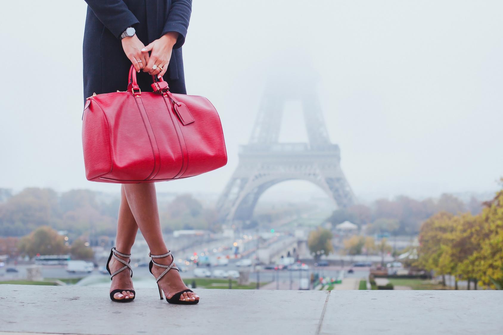 Sarenza - der Online Schuh-Spezialist - Finden Sie Damenschuhe, Herrenschuhe, Kinderschuhe, Taschen und markante Accessoires online bei Sarenza