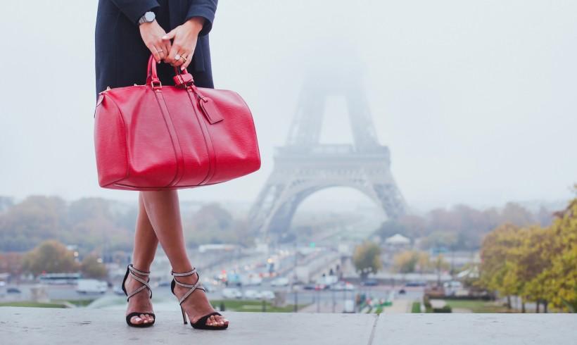 Sarenza – der Online Schuh-Spezialist – Finden Sie Damenschuhe, Herrenschuhe, Kinderschuhe, Taschen und markante Accessoires online bei Sarenza