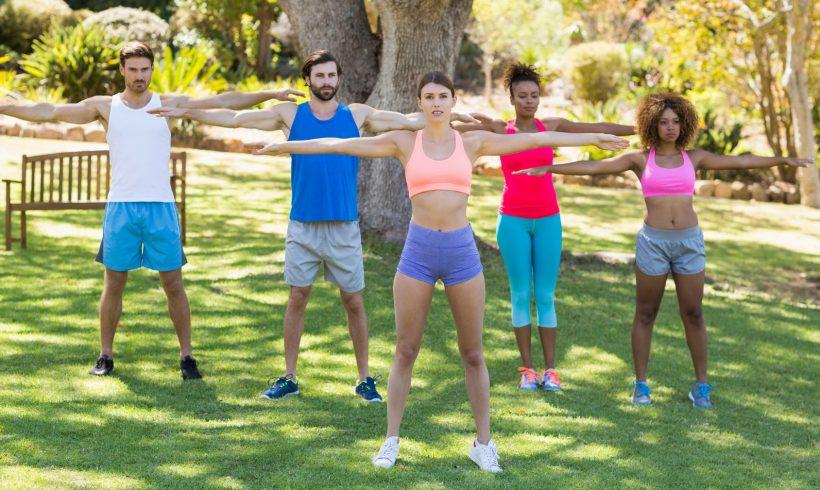 Bei RennerXXL, können Sie XXL-Kleidung für Outdoor und Sport günstig kaufen
